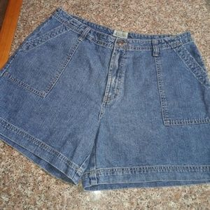 St John's Bay Denim Shorts Plus Size 18 NICE!